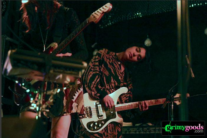 Warpaint photos desert daze
