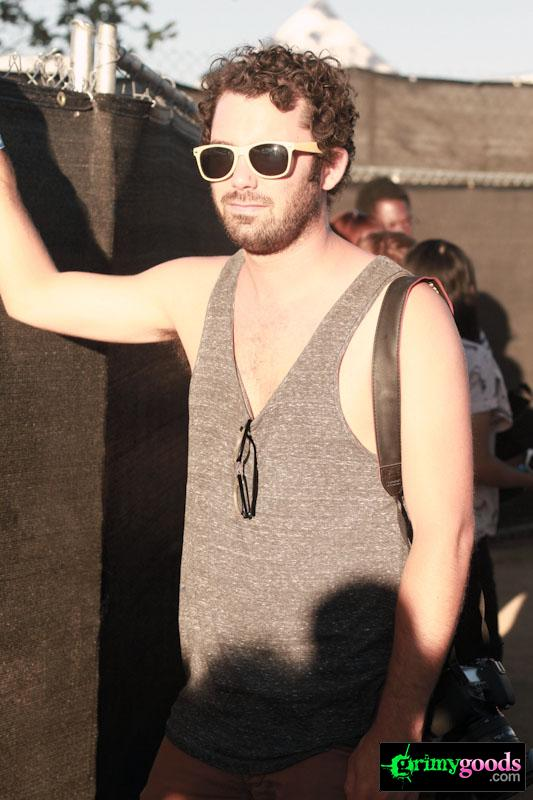 Tanks and Cut-off Sleeves - Los Angeles summer fashion trends
