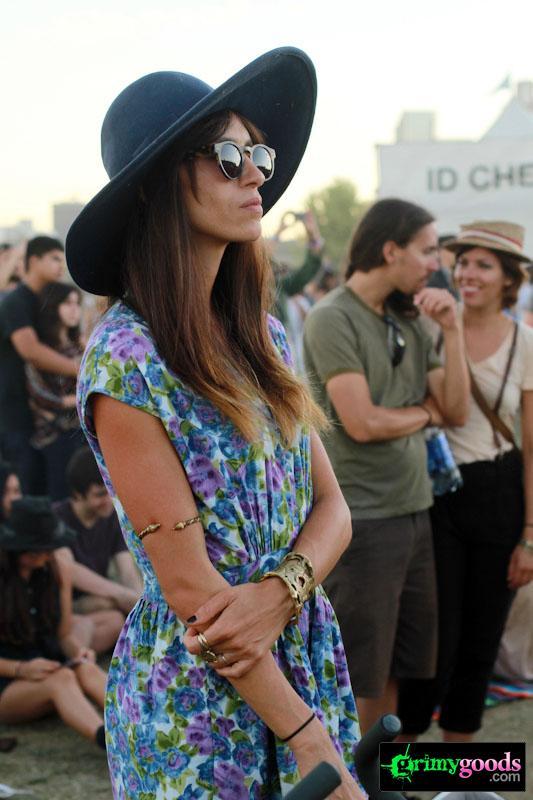Big Floppy Sun Hats - Los Angeles summer fashion trends