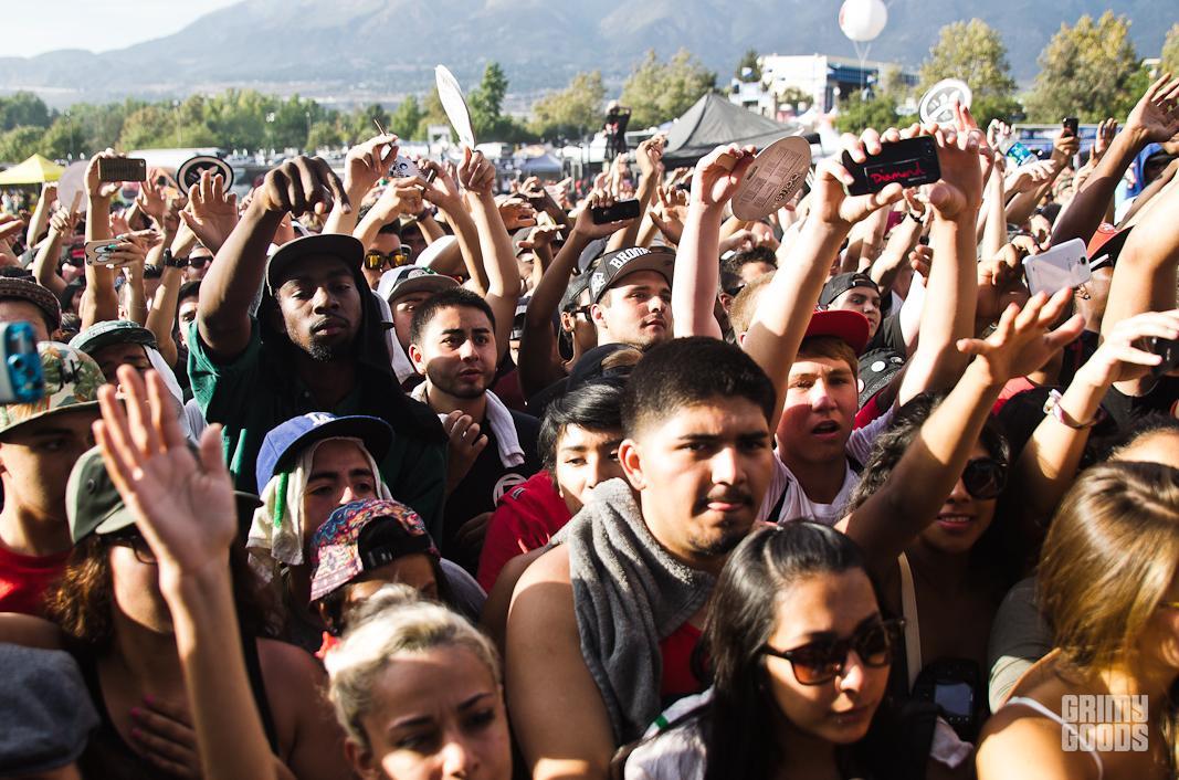 hip hop show crowd photos