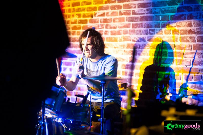 Audacity at Los Globos – Photos